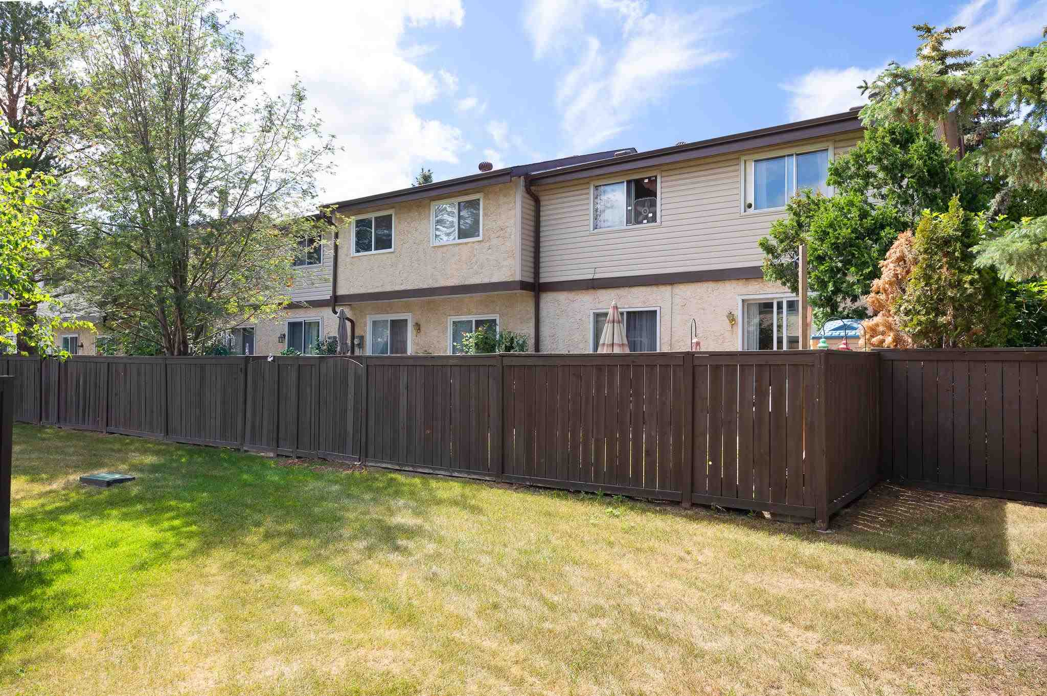 51 FOREST Grove